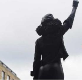 ইংল্যান্ডে দাস ব্যবসায়ী কলস্টনের জায়গায় বসল কৃষ্ণাঙ্গ বিক্ষোভকারী জেন রিডের ভাস্কর্য