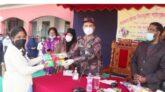 সারাদেশে স্বাস্থ্যবিধি মেনে শিক্ষার্থীদের মাঝে পাঠ্যপুস্তক বিতরণ শুরু