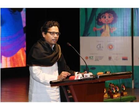 ভবিষ্যত প্রজন্মকে ভালো কাজে অনুপ্রাণিত করার শক্তিশালী মাধ্যম চলচ্চিত্র