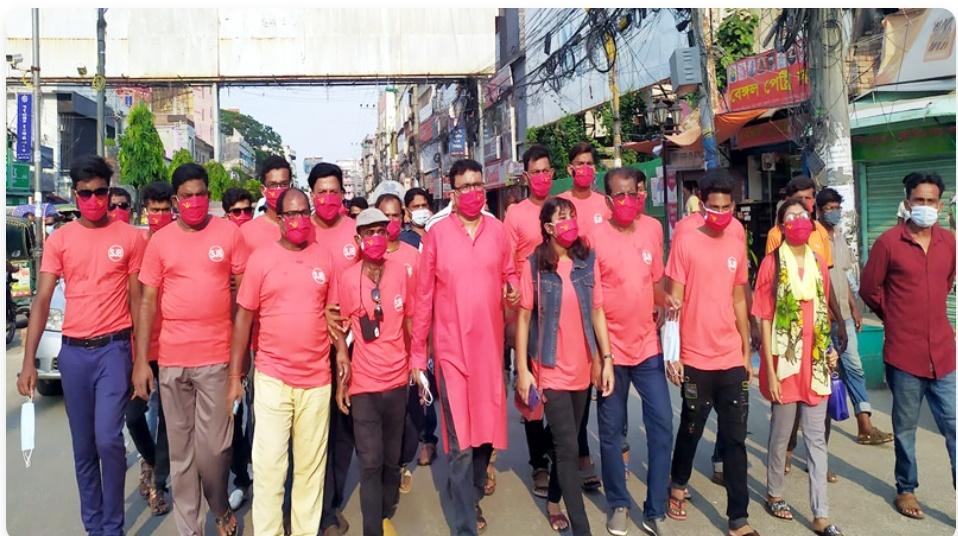 সংক্রমণ রোধে রাজপথে হ্যান্ডমাইক-মাস্ক নিয়ে জামিল ব্রিগেড